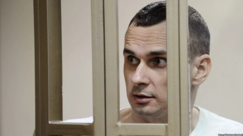 Sentsov's photo to appear at Paris mayor's office building
