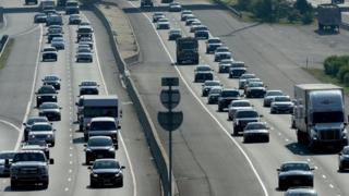 US eyes freeze of fuel efficiency rules