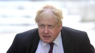 Boris Johnson told to apologise for burka jibe