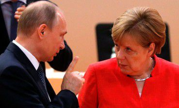 Merkel claims she does not expect great results from talks with Putin