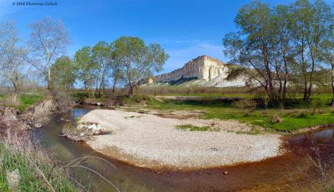 One of Crimea's largest rivers dried out