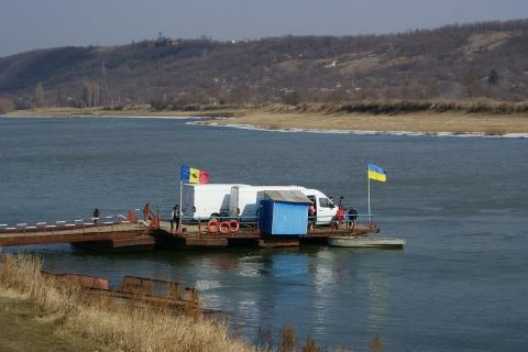 Ukraine to offer Moldova to construct bridge over Dnister river