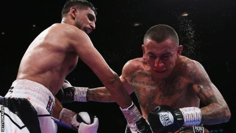 Amir Khan scores unanimous points win over Samuel Vargas in Birmingham