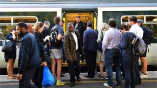 'Broken' rail franchise system to be reviewed
