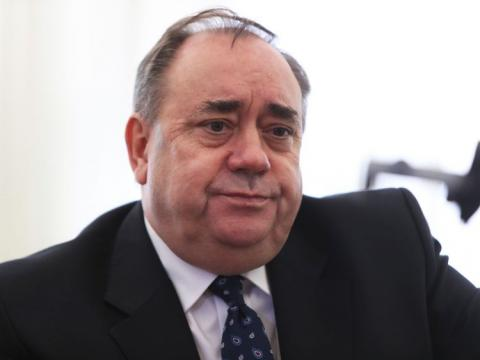 Salmond shuts crowdfund campaign with €100k banked