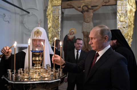 Putin wants God (or at least the church) on his side