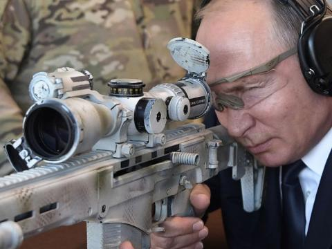 UK to create 2,000-strong cyber force to tackle Russia threat