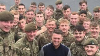 Army investigates Tommy Robinson photo with soldiers