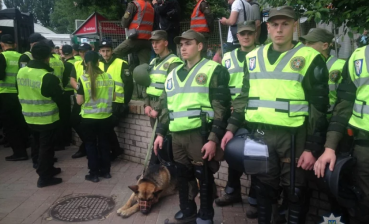 More than 9.4 thousand law enforcement officers guarding order today in Ukraine