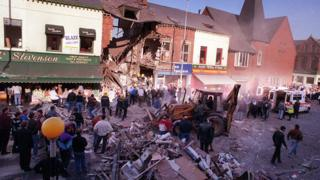 Shankill bombing: Wreaths laid to remember victims