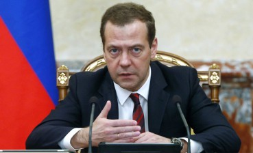 Russian sanctions against Ukraine to concern hundreds of people, - Medvedev