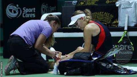 WTA Finals: Defending champion Caroline Wozniacki beats Petra Kvitova in Singapore
