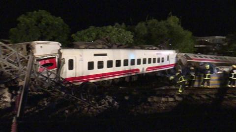 Taiwan train crash driver disabled speed controls