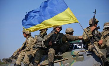 Ukrainian serviceman wounded in action in Donbas