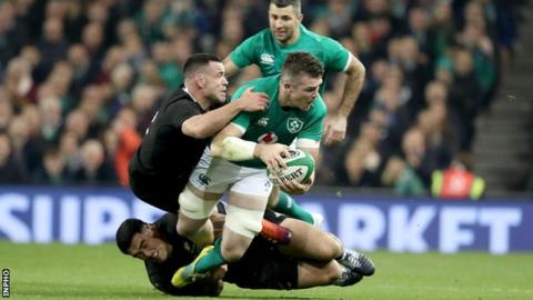 Ireland hold nerve to secure historic win over All Blacks