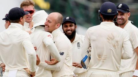 England seal test series against Sri Lanka