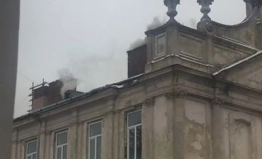 Regional hospital in Lviv catches fire, - photos