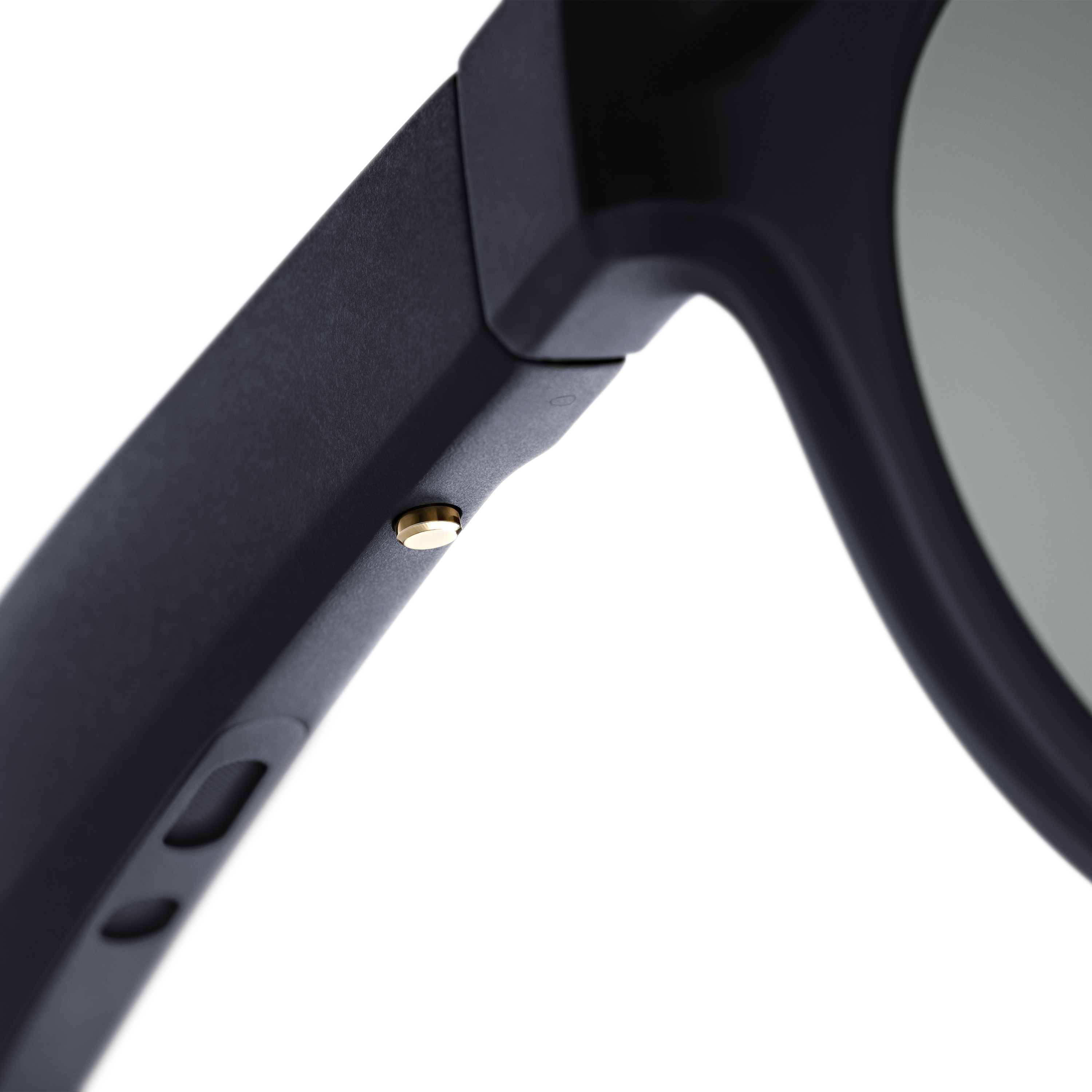 d1d53b88a5 Bose is dabbling in  audio AR  with a pair of sunglasses » News ...