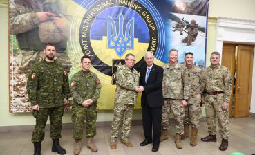 U.S. Senator Johnson visits International Peacekeeping and Security Center in Yavoriv