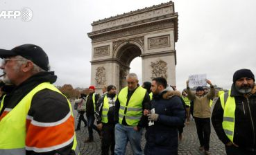 "Expenses for emergency state due to ""yellow vests"" protests to exceed 8-10 billion euro"