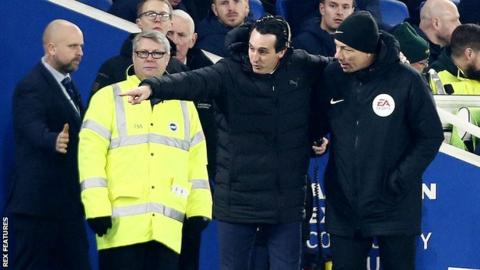 Emery apologises after kicking bottle which hit Brighton fan
