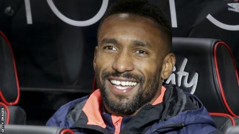 Rangers set to sign Defoe on 18-month loan deal
