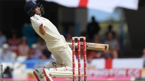 England in West Indies: Tourists bowled out for 187 in second Test