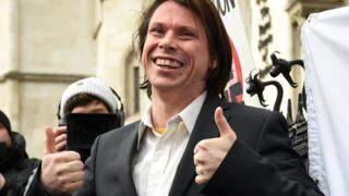 Alleged hacker Lauri Love in legal bid over seized computers