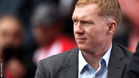 Scholes named Oldham manager