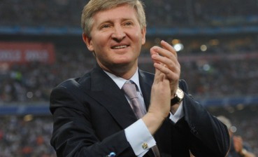 Key Yanukovych's ex-sponsor Akhmetov bets on Poroshenko during 2019 elections
