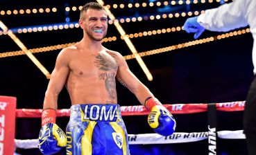 Boxing: Lomachenko to face Crolla in U.S. in April
