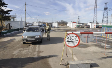 Donbas checkpoints switch to spring work schedule