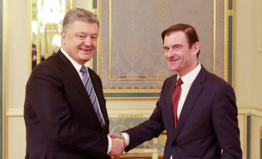 Poroshenko and U.S. Under Secretary discuss release of Ukrainian sailors