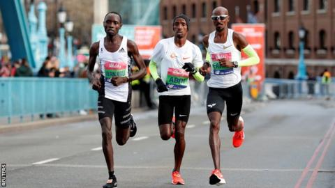 Big Half 2019: Mo Farah wins last race before London Marathon