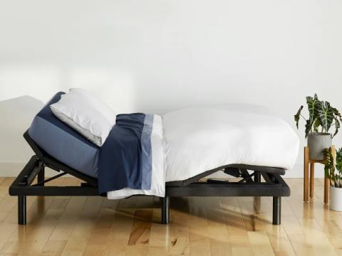 I slept on Casper's new adjustable bed frame with a built-in massage function a?? here's what it was like