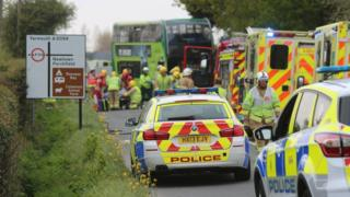 Isle of Wight: One dead and 22 hurt in bus crash