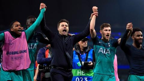 Trophies, signings & a late-night visit from Bielsa - Pochettino meets Lineker