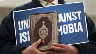 Government rejects Islamophobia definition ahead of debate