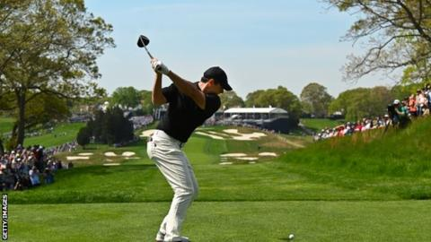 McIlroy faces anxious wait to make cut at US PGA