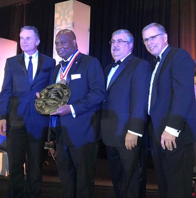 Regynald G. Washington Receives Foodservice Industry's Top Honor
