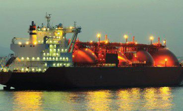 Egyptian military take control of oil tanker, 17 Ukrainians on board