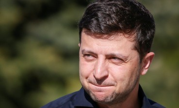 Zelensky promises to do everything possible to prevent future political persecution
