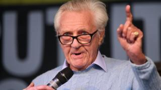 Lord Heseltine loses Tory whip after endorsing the Lib Dems
