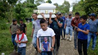 How did six migrant children die on US border?