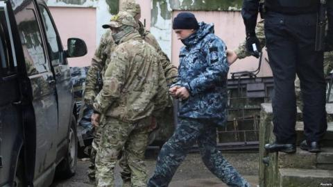 Old cell without hot water, - lawyer about detention of Ukrainian sailors in Russia