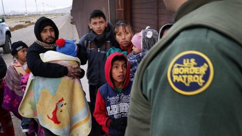 Are US child migrant detainees entitled to soap and beds?