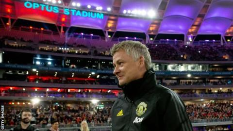 Man Utd have to aim for further up than fourth - Solskjaer