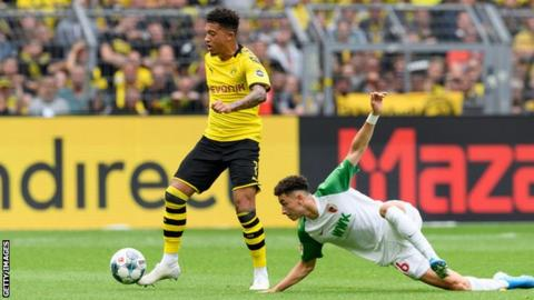 England winger Sancho agrees new?190,000-a-week Dortmund deal