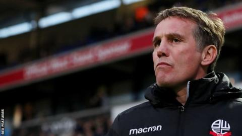 Phil Parkinson: Bolton Wanderers manager resigns from League One club