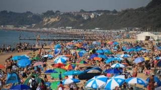 UK weather: Hottest late August bank holiday weekend on record